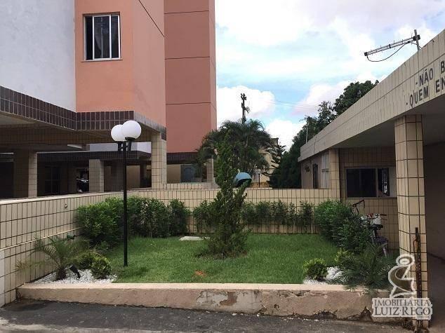 AP526 - Apartamento com 3 dormitórios para alugar, 100 m² por R$ 1.000/mês - Benfica - For - Foto 18
