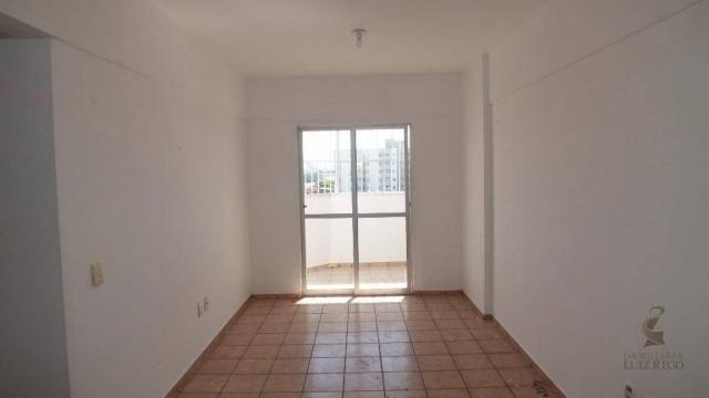 AP526 - Apartamento com 3 dormitórios para alugar, 100 m² por R$ 1.000/mês - Benfica - For - Foto 2