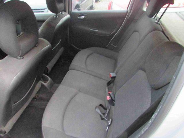 Peugeot 206 sw feline 8500 + parcelas direto pela loja sem burocracia - Foto 3