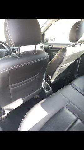 Peugeot 207 ano 2011 - Foto 20