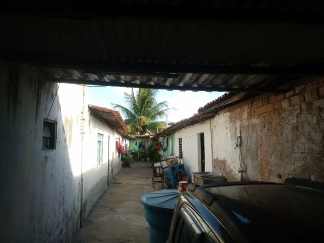 Terreno com 8 Casas - Foto 4