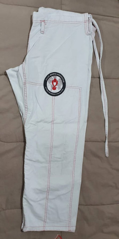 Kimono Branco + Faixa e mochilinha(Preco Único) - Foto 2