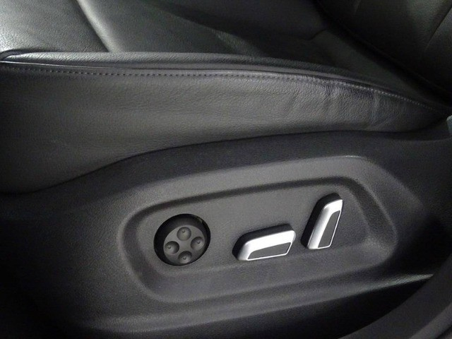 Audi Q3 2.0 Tfsi Ambiente Quattro Tronic - Foto 8