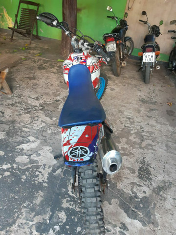 Motocicleta Yamaha - Foto 3