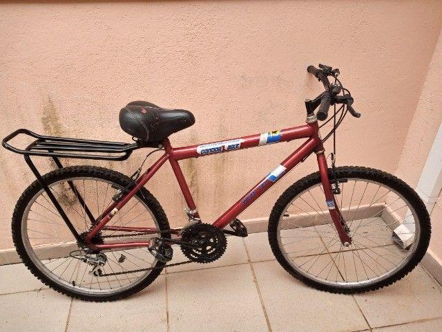 Bicicletas  Aro 26   muito pouco usada.