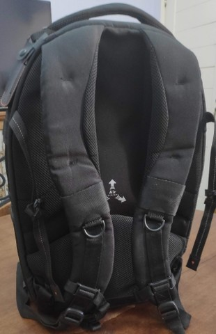 Mochila Vanguard Up-Rise II 48 para equipamento de câmera e acessórios (preta) - Foto 3