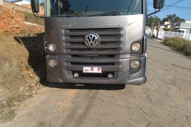 VW 24250 Graneleiro * parcelo com entrada  - Foto 4