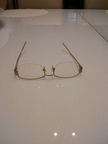 Armação de óculos feminina Semi nova.
