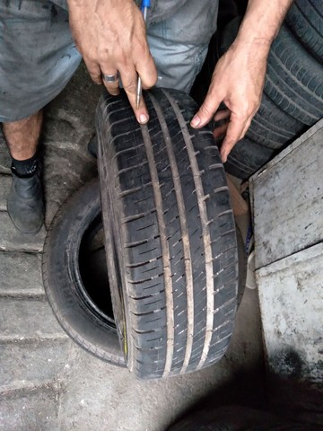 pneu Goodyear assurance 185/70 aro 14 - Foto 2