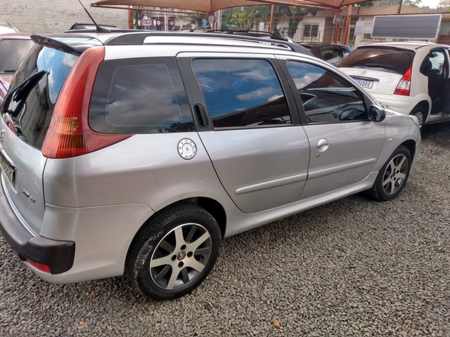 Peugeot 207 SW XS 1.6 Flex 16V 5p Aut. - Foto 4