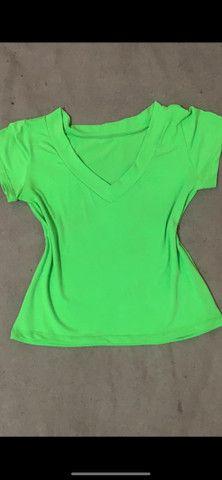 Blusa T-shirt  promoção 30reais cada - Foto 2