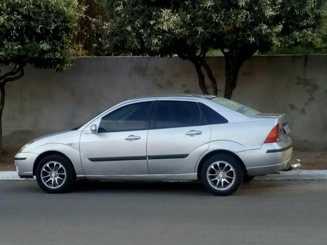 Focus 1.8 completo ano 2003/2004