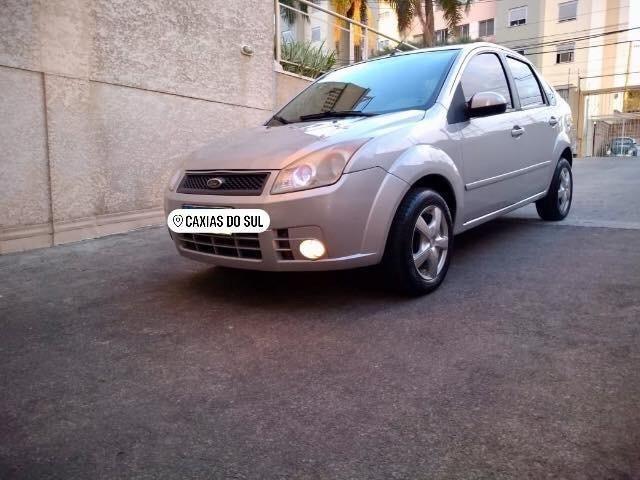 Barbada !! Fiesta Sedan 1.6 com entrada de apenas 5,200 - Foto 5