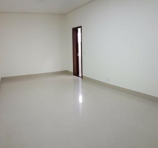 Casa térrea no Belvedere com 201 m², com 3 suítes - Foto 17