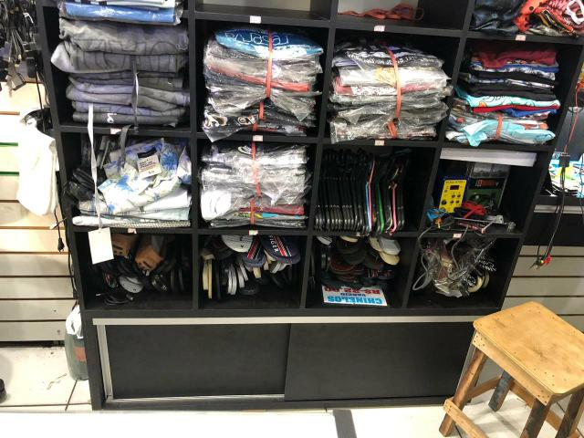Balcão de roupas