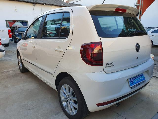 VW Fox Highline 1.6 - 2014 - Foto 10