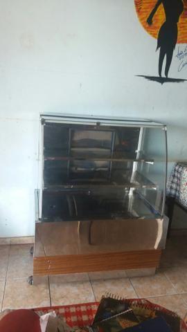 Freezer vitrinhe de 3000 por apenas 1500 acompanha nota fiscal - Foto 5