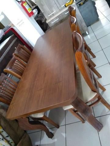 Mesa de madeira com 6 cadeiras de madeira tratada 2 M - Foto 4