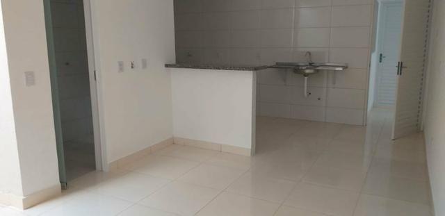 Aluga se apartamento de 1 quarto climatizada com ou sem mobilia. wats - Foto 6