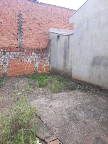 Vendo Casa Com Garagem 1 Dormitório Jardim Conduta Aceita Financiamento - Foto 20