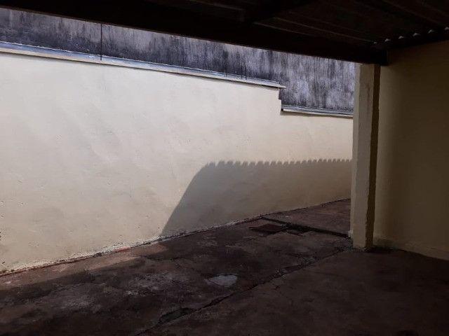Vendo Casa Com Garagem 1 Dormitório Jardim Conduta Aceita Financiamento - Foto 12
