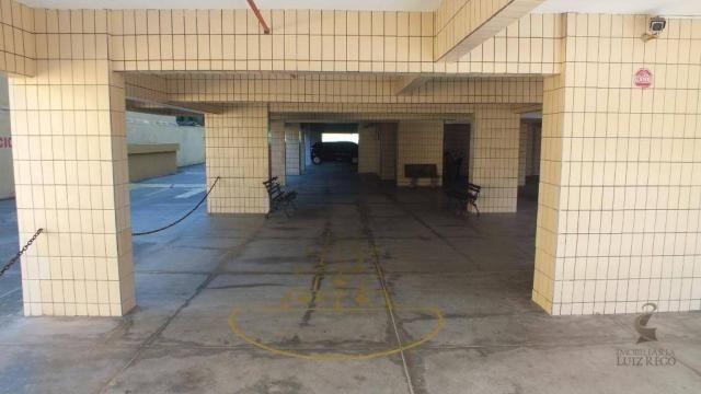 AP526 - Apartamento com 3 dormitórios para alugar, 100 m² por R$ 1.000/mês - Benfica - For - Foto 16