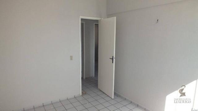 AP526 - Apartamento com 3 dormitórios para alugar, 100 m² por R$ 1.000/mês - Benfica - For - Foto 9