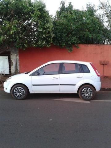 Ford Fiesta 2005 - Foto 3