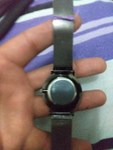 Vendo relógio unissex - Foto 2
