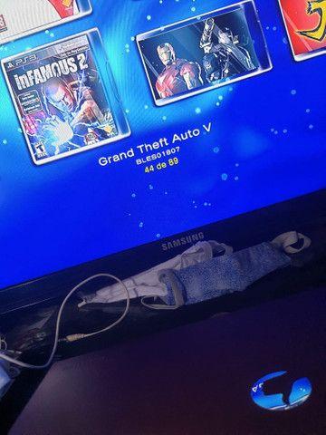 Ps3 slim com HD externo com 89 jogos e três controles - Foto 3
