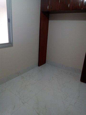 Apartamento 3 quartos, 2 garagens, no porcelanato, próx ao Goiânia Shopping - Foto 5