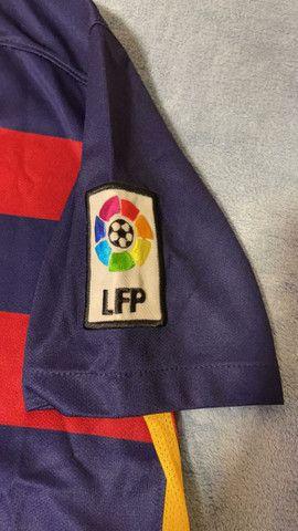 Camisa Barcelona (2016) Oficial (Tamanho G INFANTIL) - Foto 3