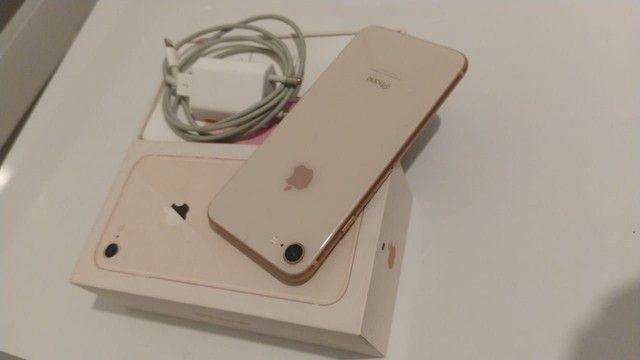 Iphone 8 barbada ótimo preço aceito cartão