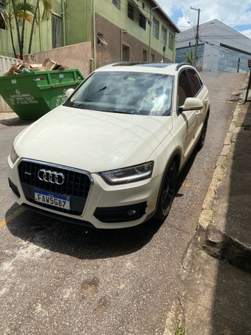 Audi Q3 Com teto