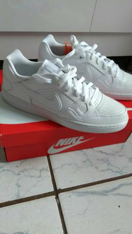 Tênis nike son of force