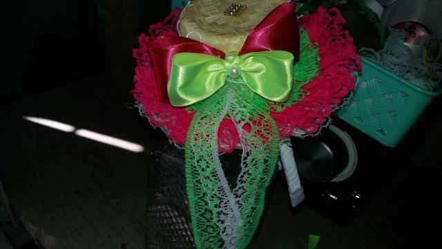 Laços tiaras e chapéu junino