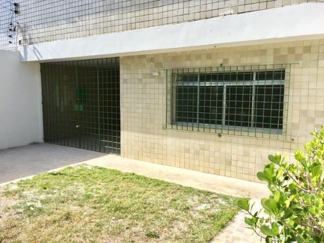 Casa Sobrado 3 qtos + 1 DCE, em Ipsep, Sala grande, Suite, quintal, varanda, muito boa! - Foto 2