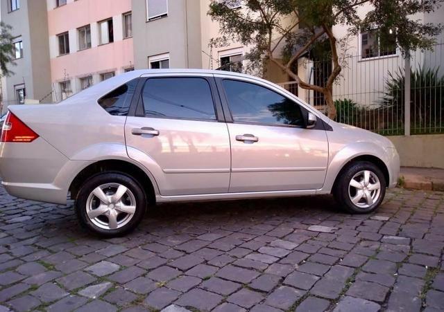Barbada !! Fiesta Sedan 1.6 com entrada de apenas 5,200 - Foto 6