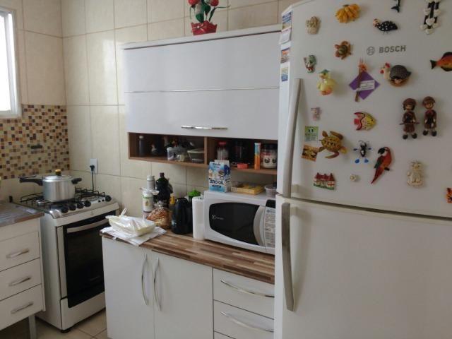 Excelente apartamento, todo em porcelanato, acabamento de primeira qualidade - Foto 16