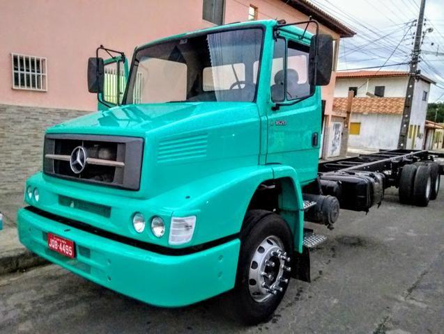 Vendo caminhão MB L1620,CONSEVADO