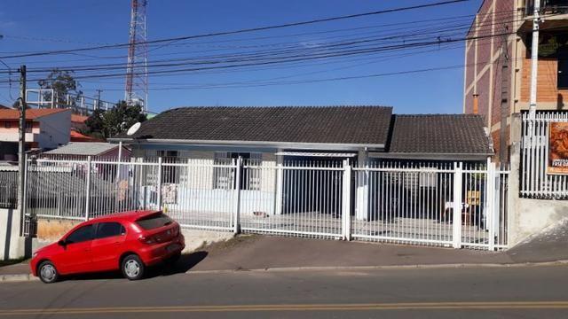 Linda Casa no Alto da Cruz em Colombo - Foto 2