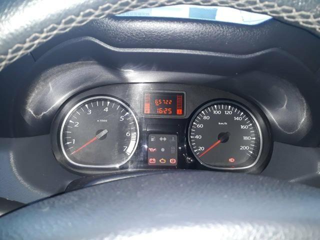 Renault Duster 2.0 D 4x2 - Foto 8