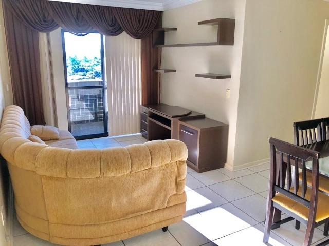 Apartamento 3 dormitórios mobiliada no Cabral - Foto 2