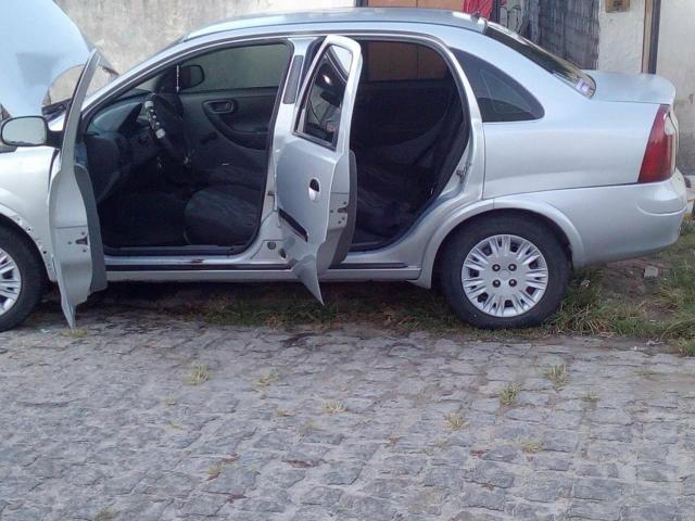 Corsa Max pra vender ou trocar obs carro finan - Foto 6