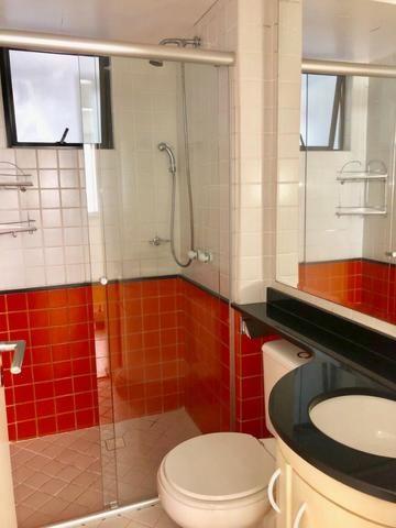 Apartamento 3 dormitórios mobiliada no Cabral - Foto 8