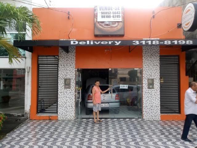 Vende-se ou Aluga-se Porteira fechada prédio dois andares, prox. a Almirante Barroso - Foto 2