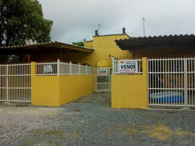 Terreno com 3 casas Guaratuba PR