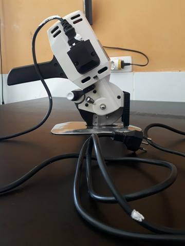 Maquina de corte de tecido Singer - Foto 4