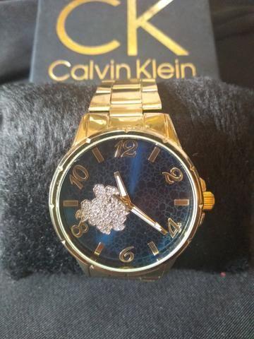 e45c42c78c7 Vende-se relógios femininos de todos modelos - Bijouterias