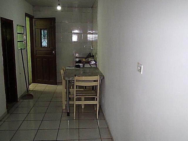 Casa de 1dorm 5x5,sala e coz conjugado,banh,com armario - Foto 6
